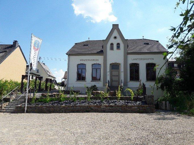 Dorfgemeinschaftshaus Lantershofen und Insul
